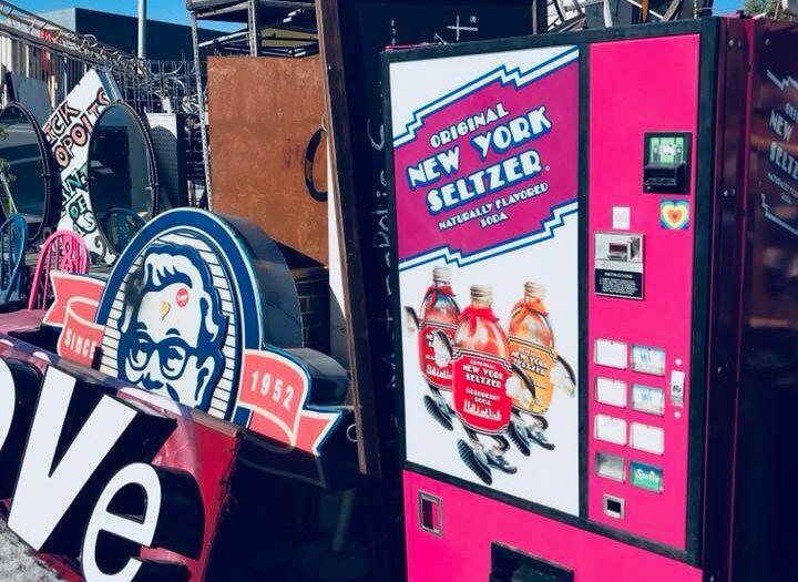 Vintage ONYS Machine